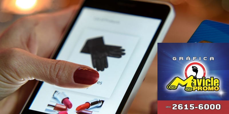 Perfumaria e cosméticos lideram as vendas on line pela primeira vez