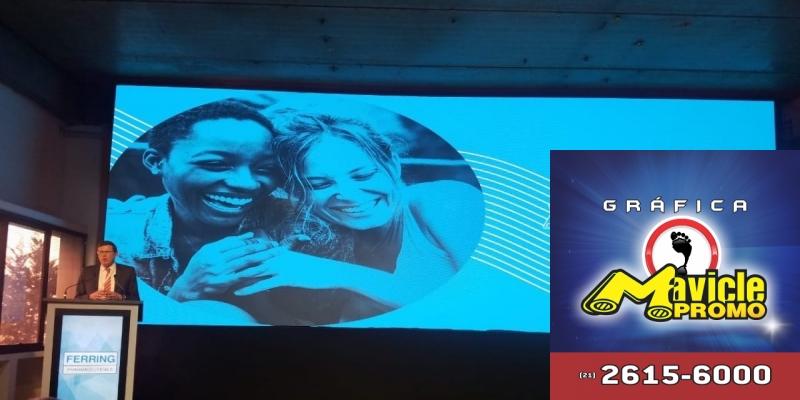 Ferring inaugura o centro de inovação no Brasil   Guia da Farmácia   Imã de geladeira e Gráfica Mavicle Promo
