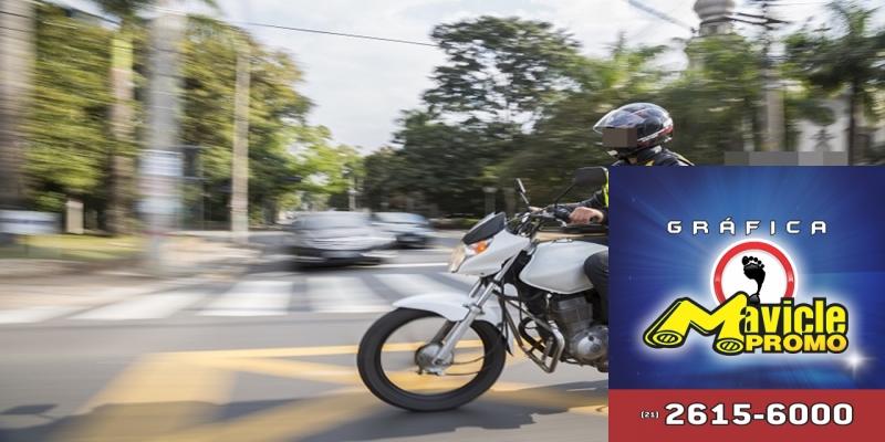 Ciclista de farmácias bate em carro: quem é responsável?   ASCOFERJ