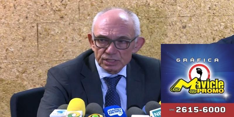 Presidente da Vale, Fabio Schvartsman, durante coletiva de imprensa sobre as barragens da mineradora — Foto: Reprodução/Globonews