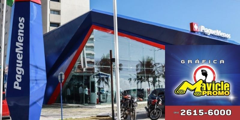 Pague pelo Menos abre uma loja com um conceito de arquitetura, focada no bem estar dos   Imã de geladeira e Gráfica Mavicle Promo